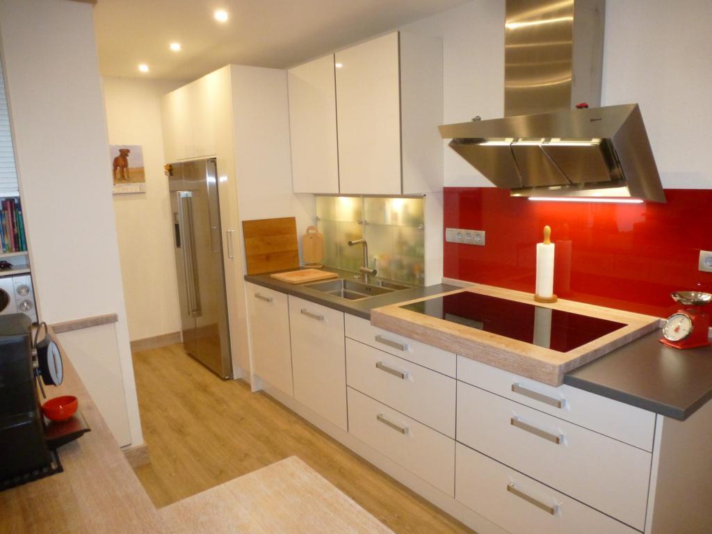 Eigene Herstellung - Küche mit Raumteiler - THEISküchen