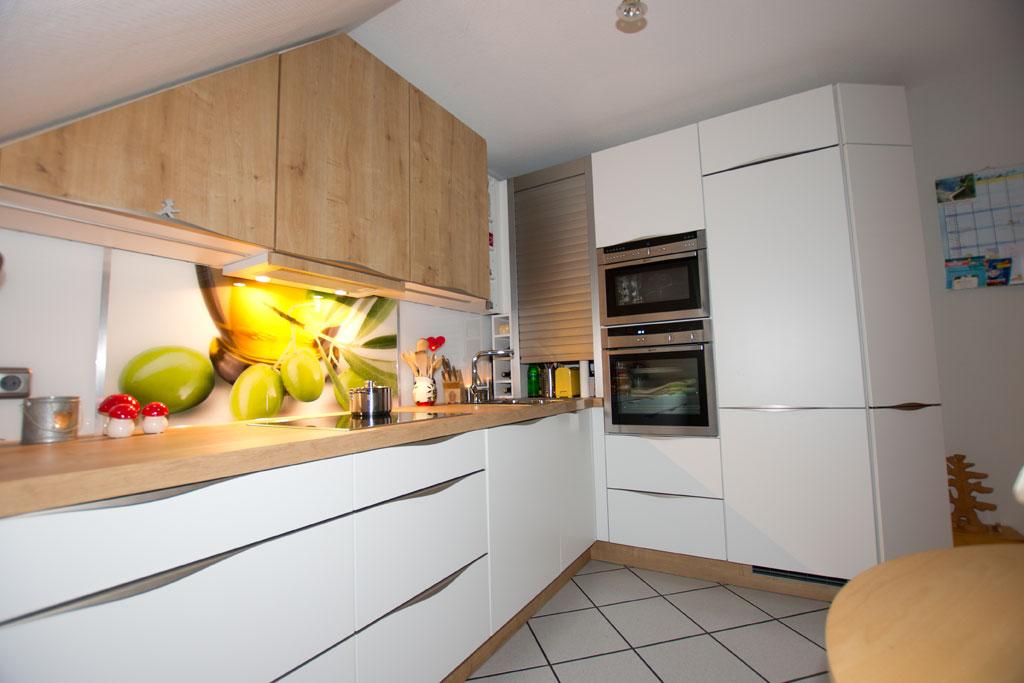 Küche in L-Form, weiß-matt - THEISküchen